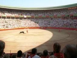 san-fermin-pamplona-corrida1g-c.jpg_369272544