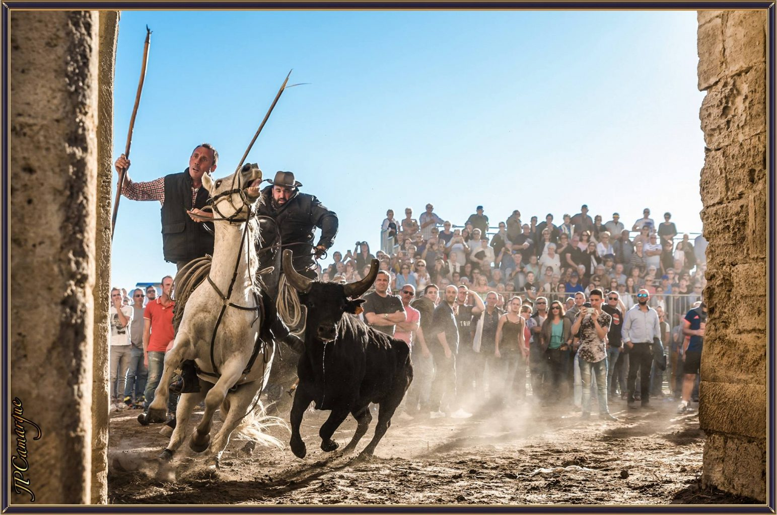 FÊTE AIGUES MORTES – LES VIDEOS ET PHOTOS DU NET