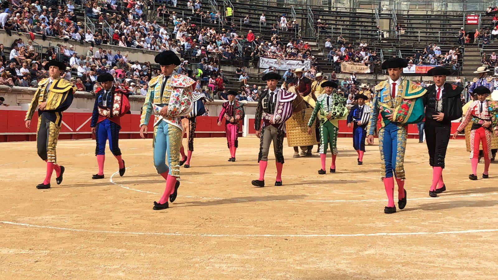 NÎMES (21-05) Les dernières oreilles de la Feria à THOMAS JOUBERT et ÁLVARO LORENZO.