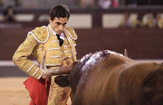 PACO UREÑA, premier torero à entrer dans le «Bombo»