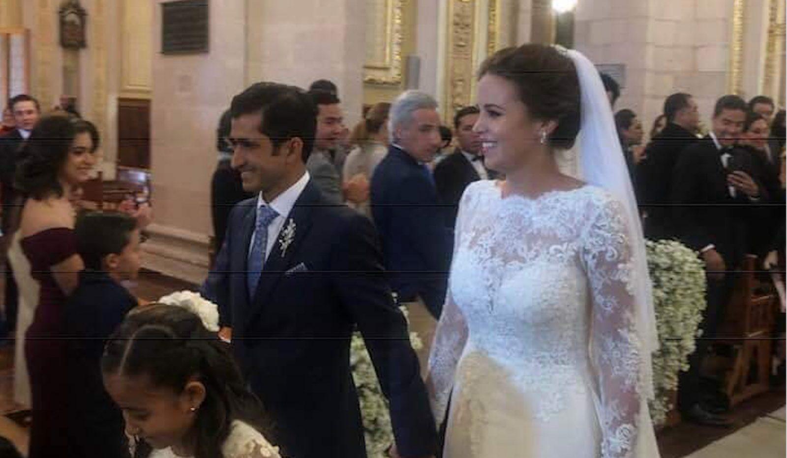 JOSELITO ADAME célèbre ses noces avec Estefanía Herrera