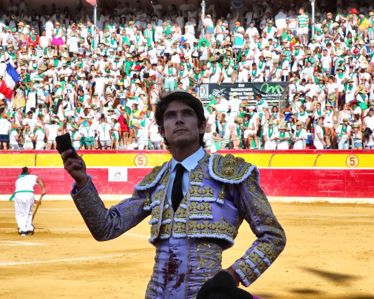 HUESCA (11-08-2019) VIDEO// SEBASTIEN CASTELLA et EMILIO DE JUSTO coupent deux oreilles chacun face aux Adolfo Martin