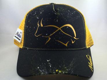 casquette-bouvine-corrida-noire-et-jaune-1