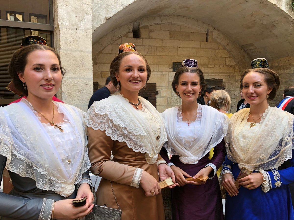 Top départ pour l'élection de la 24ème Reine d'Arles