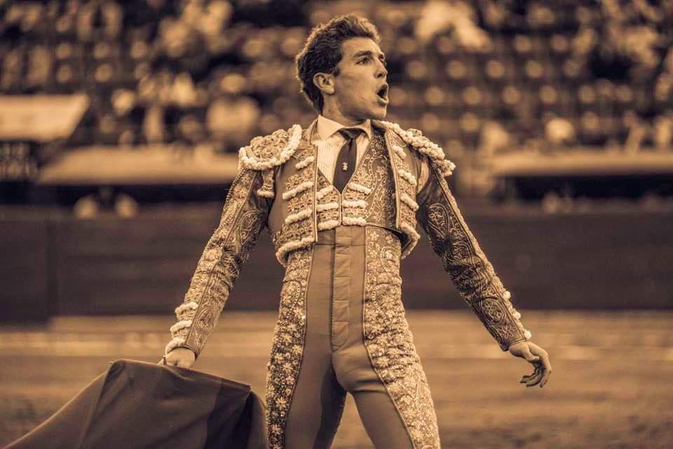 MEXICO (24/11/2019) – L'oeuvre de Gines Marin, l'oreille pour Juan Pablo Sanchez